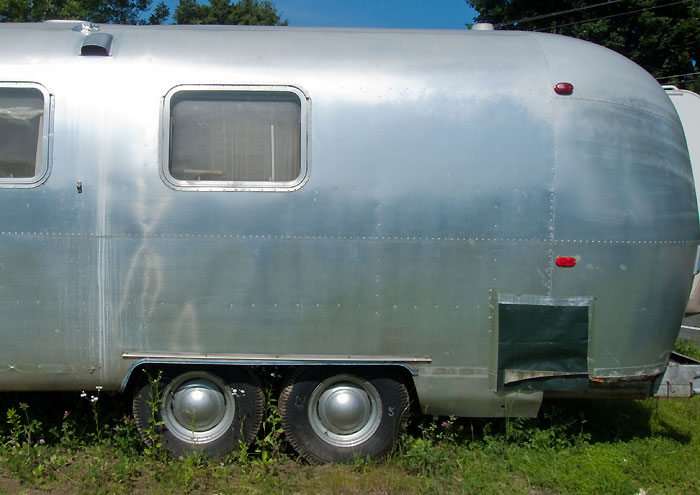 View of left side, aft end - 1969 Airstream Tradewind, July 14, 2009
