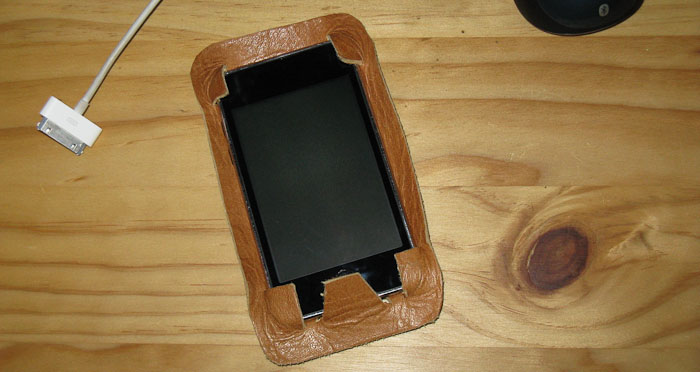 Leather iPod touch case - version 1