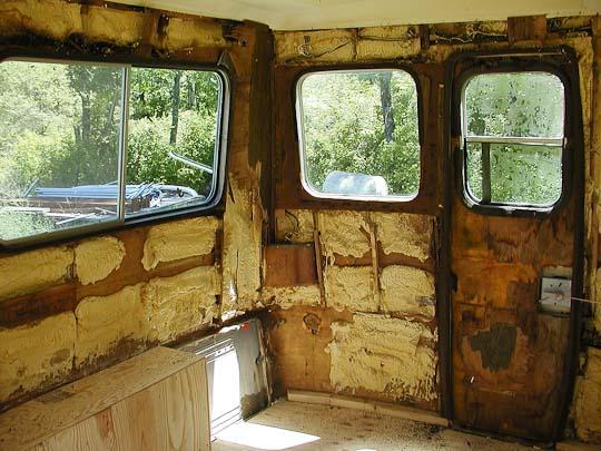 Starcraft Truck Camper shell, interior, right rear